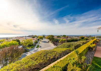 Corona Del Mar Inpatient & Detox Treatment Center (Backyard View)